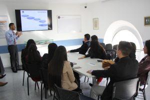 Estudiantes de ingeniería financiera de la UNAB ampliaron conocimientos del sector salud en un encuentro empresarial con Eciplast 1